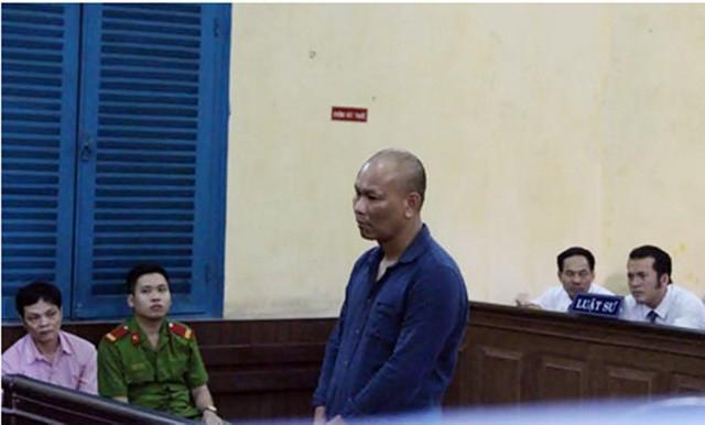 Bị can Miên tại phiên tòa sơ thẩm.