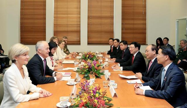 Hai Thủ tướng tại cuộc hội đàm quan trọng