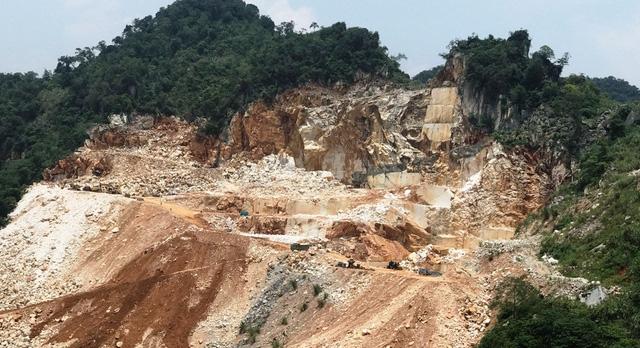 Một mỏ đá khai thác không hiểu quả ... nhưng sắp tới cũng phải nạp tiền cấp quyền khai thác quá nhiều.