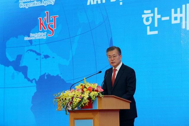 Tổng thống Hàn Quốc Moon Jae In khẳng định mối quan hệ gắn bó của hai nước Việt Nam – Hàn Quốc.