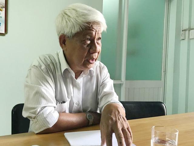 Chủ tịch Hội Dệt may thêu đan TPHCM Phạm Xuân Hồng bày tỏ băn khoăn khi luật về Hội nhiều lần lên bàn nghị sự của Quốc hội mà vẫn chưa thể thông qua.