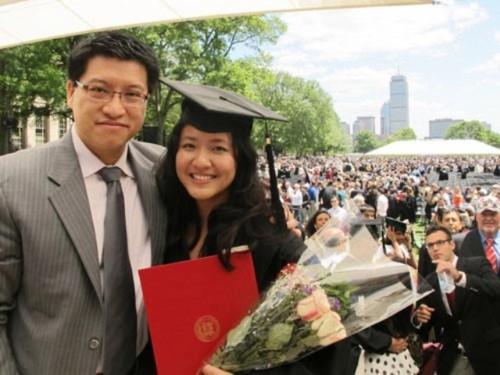 Lê Diệp Kiều Trang cùng chồng trong ngày tốt nghiệp MIT.