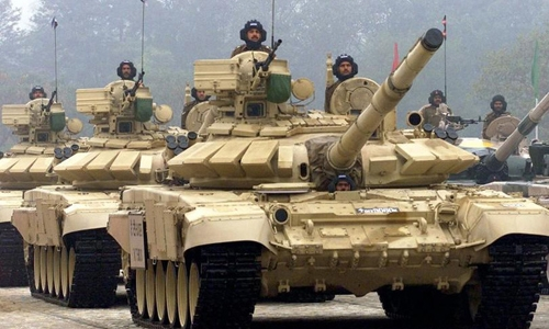 Xe tăng T-90 của quân đội Ấn Độ. Ảnh: TimesofIndia.