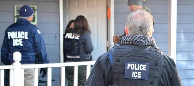 Có bầu, nhập cư trái phép vào Mỹ vẫn sẽ bị bắt giam - Ảnh 1.