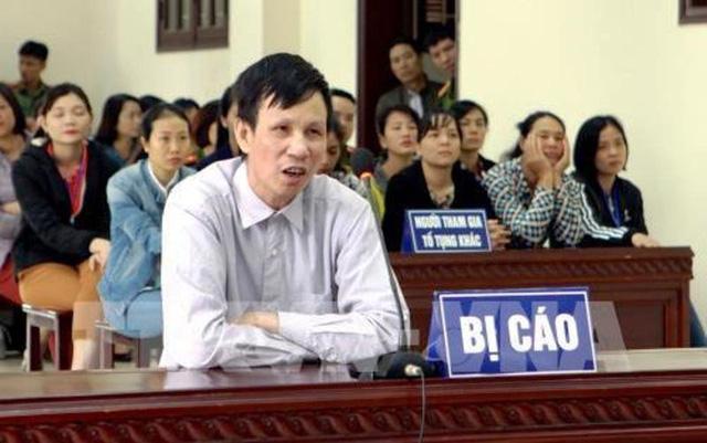 Bị cáo Nguyễn Văn Túc tại phiên toà xét xử (ảnh: TTXVN)