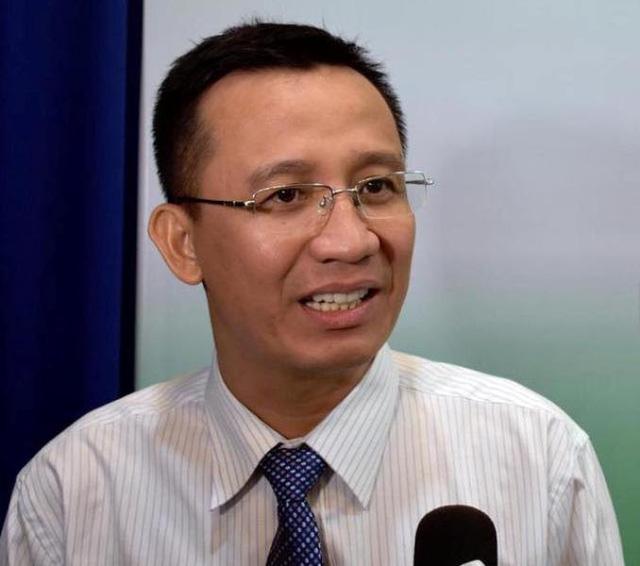 """Chuyên gia kinh tế Bùi Quang Tín cho rằng, người dân đang phải """"gồng gánh"""" quá nhiều loại thuế, phí dành cho nhà ở."""