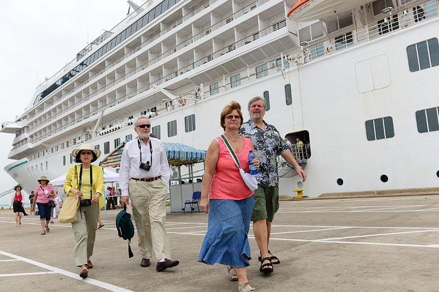 Việt Nam chậm miễn visa, khách Tây Âu sẽ giảm? - Ảnh 1.