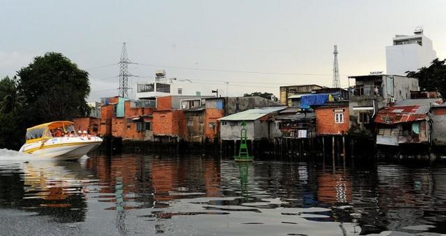 TP.HCM mời gọi đầu tư để cải tạo nhà trên và ven kênh rạch - Ảnh 1.