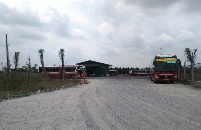 Lô đất được quận Bình Thủy cho chuyển mục đích sai hiện đang được làm bãi đậu xe ô tô