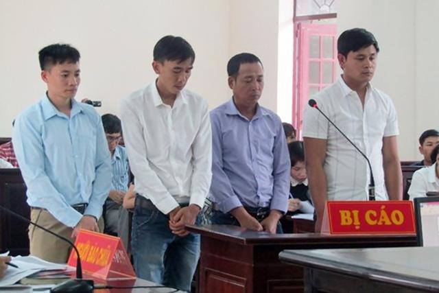 Các bị cáo bị tuyên phạt tiền thay vì phạt tù