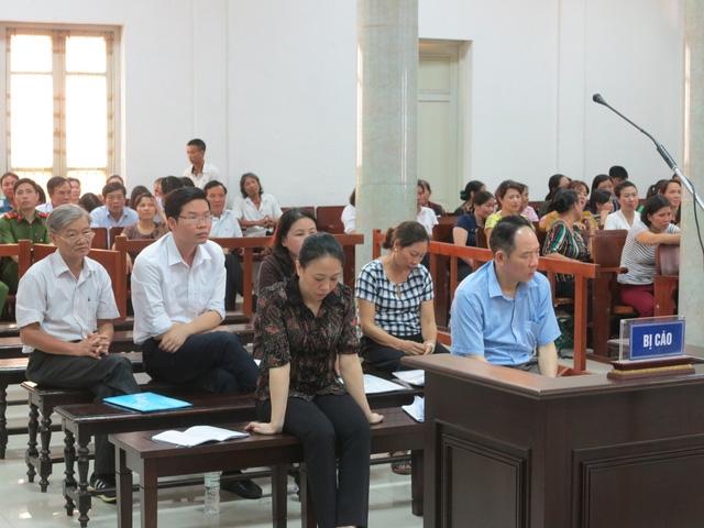 Đề nghị 12-14 năm tù cho cựu phó giám đốc Sở NN-PTNT Hà Nội - Ảnh 1.