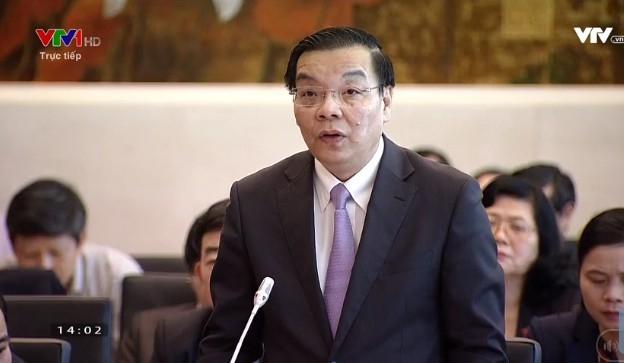 Bộ trưởng Chu Ngọc Anh trả lời ở phiên chất vấn và trả lời chất vấn tại Phiên họp thứ 22 của Ủy ban Thường vụ Quốc hội.