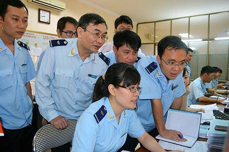 Thành phần tham gia đối thoại giữa doanh nghiệp với cơ quan hải quan