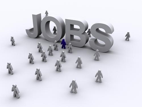 Nhà đầu tư được tuyển dụng lao động Việt Nam làm việc ở nước ngoài hay không?