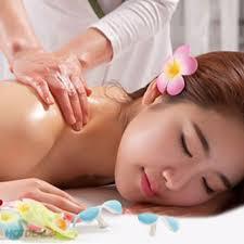 Cơ sở massage khách sạn 4 sao có nhất thiết phải có bác sĩ chuyên ngành không?