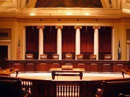 Hội đồng xét xử phúc thẩm vụ án hành chính có quyền sửa toàn bộ bản án sơ thẩm không?