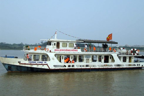 Tàu thủy lưu trú du lịch được xếp những hạng nào trong tiêu chí xếp hạng cơ sở lưu trú du lịch?