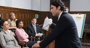 Luật sư nước ngoài được cấp phép hành nghề Luật sư ở VN có phải xin giấy phép lao động?