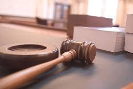 Thẩm phán có được hòa giải khi phiên tòa dân sự đang diễn ra không?