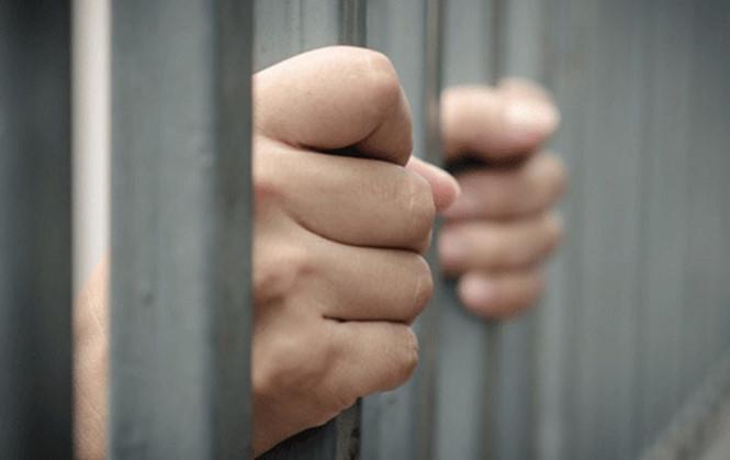 Quan hệ tình dục với người dưới 16 tuổi thì bị xử phạt bao nhiêu năm tù?