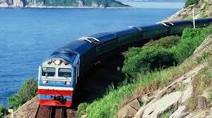 Có được vận chuyển tro cốt, tử thi bằng đường sắt không?