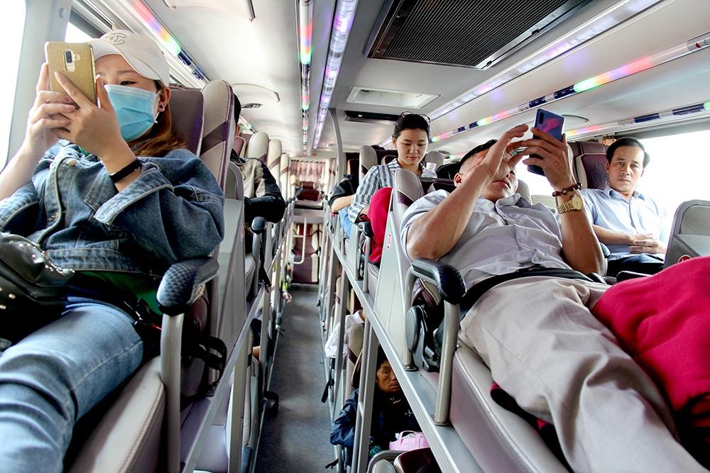 Hành khách trên xe giường nằm có phải thắt dây an toàn không?