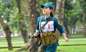 Nữ làm dân quân tự vệ được không?