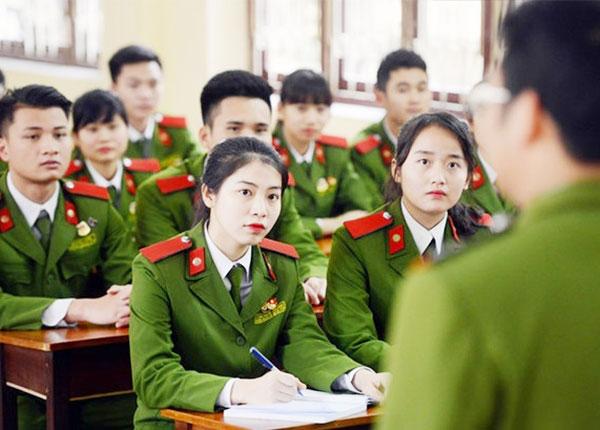 Không phải đoàn viên không thể thi trường quân đội, công an?