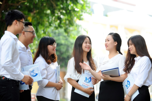 Có phải tất cả sinh viên ngành sư phạm đều được hỗ trợ chi phí sinh hoạt?