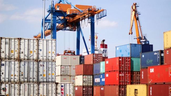 Trách nhiệm của Bộ Tài nguyên và Môi trường trong việc xử lý hàng hóa là phế liệu tồn đọng tại cảng biển