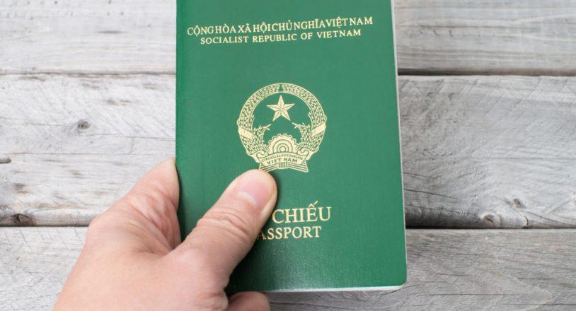 Thủ tục cấp hộ chiếu cho trẻ em