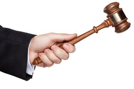 Mượn tài sản mà làm hỏng thì phải bồi thường như thế nào?