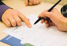 Khi điều chỉnh hợp đồng xây dựng được thực hiện theo nguyên tắc nào?