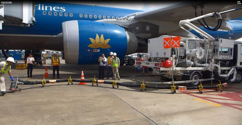Xe truyền tiếp nhiên liệu hàng không