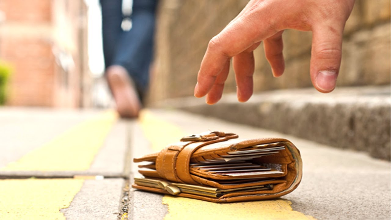 Người nhặt được của rơi sẽ nhận được bao nhiêu khi tài sản không có người nhận?