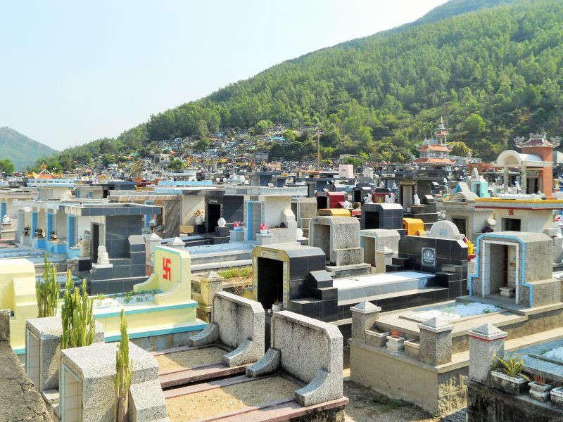 Đất làm nghĩa trang được xác định là loại đất gì?