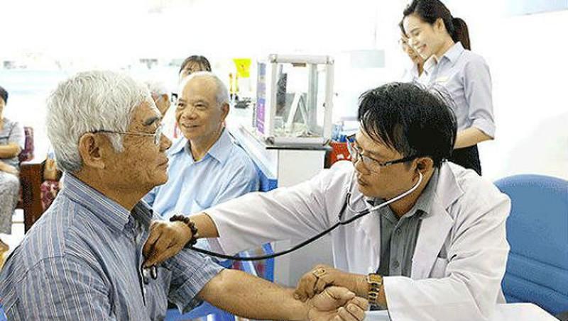 Trung tâm y tế huyện có được cấp giấy hoạt động khám chữa bệnh?