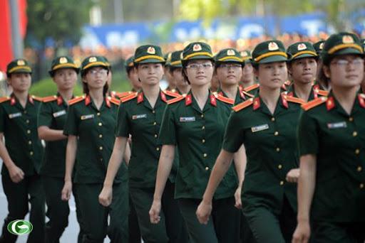 Con của quân nhân chuyên nghiệp có được miễn học phí?