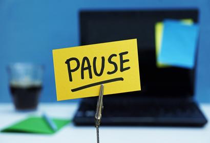 Thời hạn thông báo tạm ngừng kinh doanh là bao nhiêu ngày từ năm 2021?