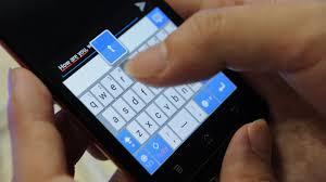 Sử dụng điện thoại, phương tiện khác đe dọa, chửi bới, xúc phạm nạn nhân bạo lực gia đình bị xử lý ra sao?