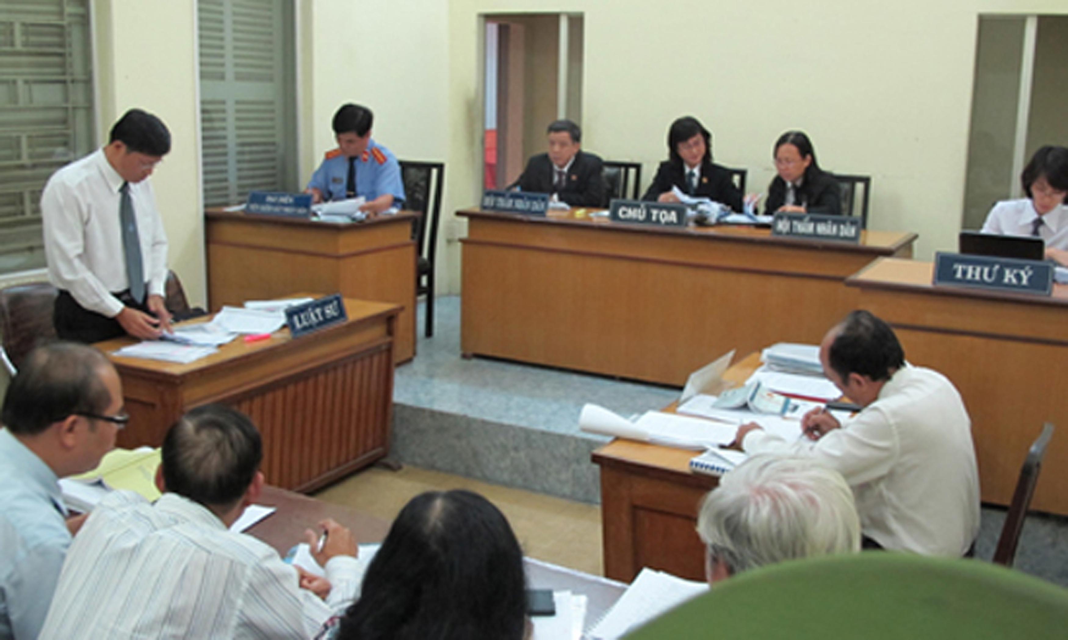 Xem xét lại quyết định hành chính, hành vi hành chính tại Tòa án của cơ quan hải quan