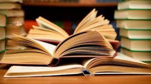 Để đạt chuẩn hiệu trưởng cơ sở giáo dục phổ thông cần đạt những phẩm chất nghề nghiệp như thế nào?