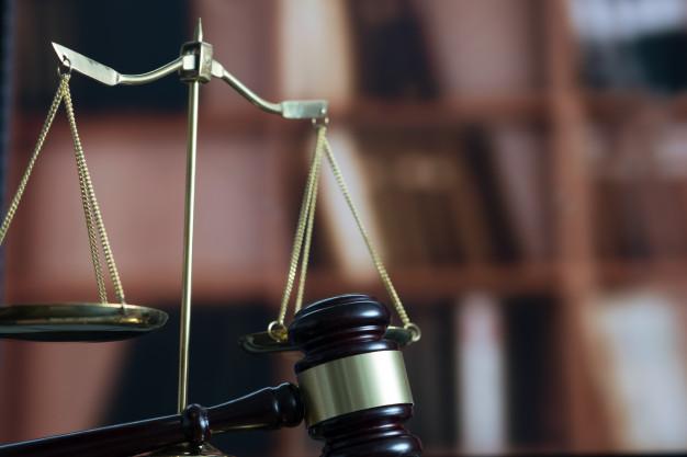 Rút đơn khởi kiện người cố ý gây thương tích có được không?