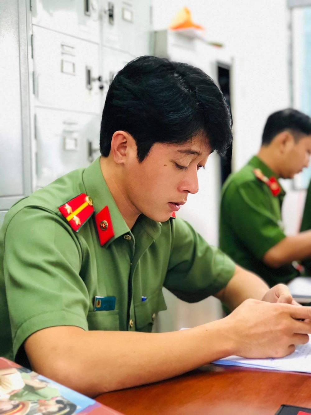 Hộ khẩu ở miền Nam có thi Học viện Quân y được không?