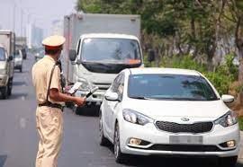 Lái xe ô tô không thắt dây an toàn ngoài bị phạt tiền còn bị phạt gì nữa không?