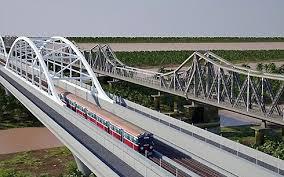 Phạm vi bảo vệ trên không của cầu đường sắt được tính như thế nào?