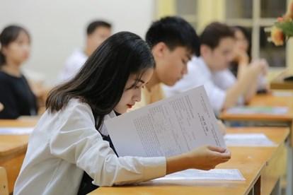 Năm nhất đại học có điểm trung bình 1.5 có bị cảnh báo học tập không?