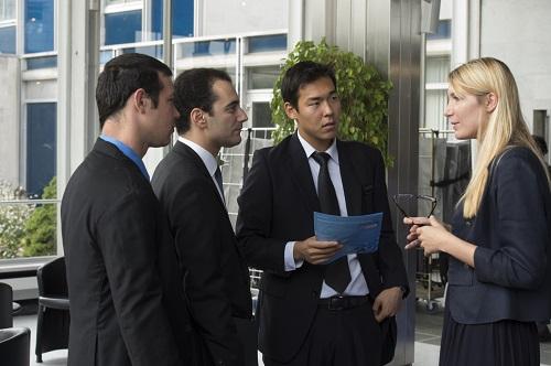 Doanh nghiệp Việt Nam được liên kết với doanh nghiệp nước ngoài để thành lập doanh nghiệp mới thực hiện dự án đầu tư không?