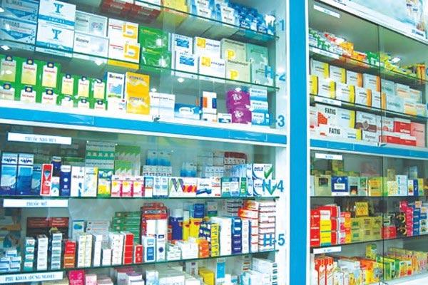 Nhận chuyển nhượng quầy thuốc có phải thông báo với Sở y tế nơi hoạt động không?