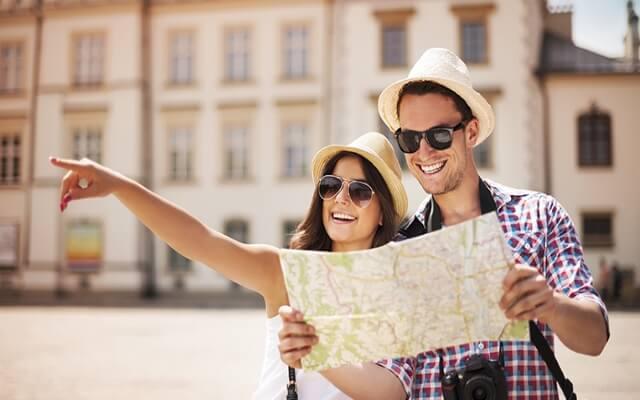 Người nước ngoài vi phạm về tạm trú đóng phạt xong có được tiếp tục gia hạn thẻ tạm trú?